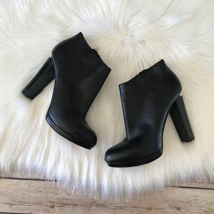 Michael Kors Heeled Leather Booties Sz 8 1/2